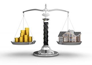 uang dan rumah